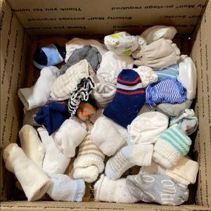 Infant socks & mitts